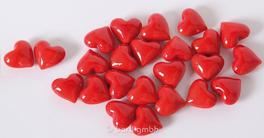 24 Glas Herzen rot in Herzbox - kleine Dekoherzen - Glasherzen - Streudeko