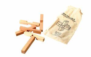 Das Kreuz - Holz Knobelpuzzle im umweltfreundichen Packsack - 6 Teile