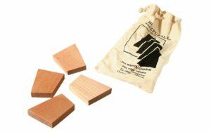 Das magische Quadrat - Holz Knobelpuzzle im umweltfreundichen Packsack - 4 Teile