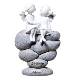 Schutzengel Paar auf Steinen mit Inschrift: Lieblingsmensch- Poly Engel-Pärchen