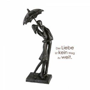 Eisen Skulptur UMBRELLA - küssendes Paar unter Regenschirm mit Zitatanhänger