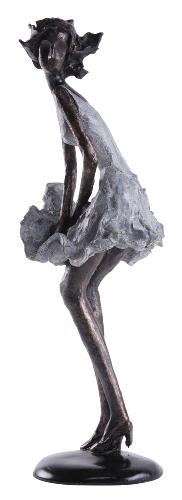 Frauen Skulptur Hilda vom Winde verweht - moderne Plastik