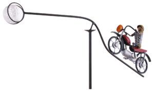 Windspiel Motorrad mit coolen Biker Motorrad Chopper Gartenstecker