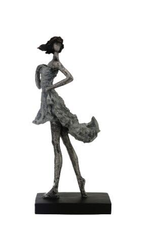 Frauen Skulptur Hilda - Dekofigur Dame - Kleid weht im Wind