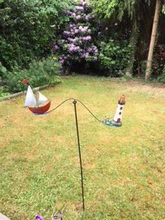 windspiel maritim schiff segelschiff mit leuchtturm metall garten balance. Black Bedroom Furniture Sets. Home Design Ideas