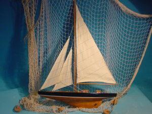 XXL Wandhänger Holz Segelboot mit Segel aus Leinen - Wanddeko maritim