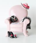 Spardose Sessel - Sparsessel Rosa mit Hut, Handtasche, Pumps, etc.
