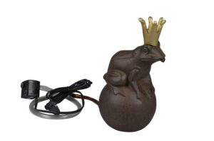 Frosch Wasserspeier Froschkönig auf Kugel - Teichfigur Gusseisen inkl. Pumpe + Schlauch
