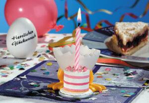 Speedy and Friends Eierbecher Torty die süße Überraschung - Geburtstagstorte mit Kerzen 45301