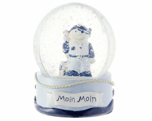 Mila maritime Schneekugel Pirat mit Schatzkiste - Matrose Traumkugel Moin Moin