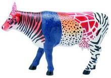 """Die """"Moo Zoo"""" - Kuh ist eine kleine Cowparade Kuh, entworfen von Diana Selby und veröffentlicht auf dem CowParade Art Event Houston 2001. Das Motiv ist eine Kuh, die als Hybrid mehrerer Kühe dient, so ähnelt der Kopf zum Beispiel einem Löwen, das Hinterteil hingegen einem Zebra."""