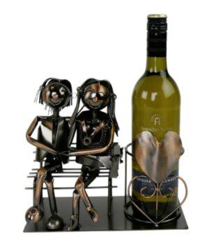 Flaschenhalter Liebespaar auf der Bank, Weinflaschenhalter aus Metall - Kupferfarben
