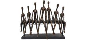 Skulptur Community - sitzende Menschengruppe