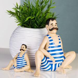 Retro Schwimmer - Nostalgie Badefigur Mann mit Schnurrbart im Badeanzug