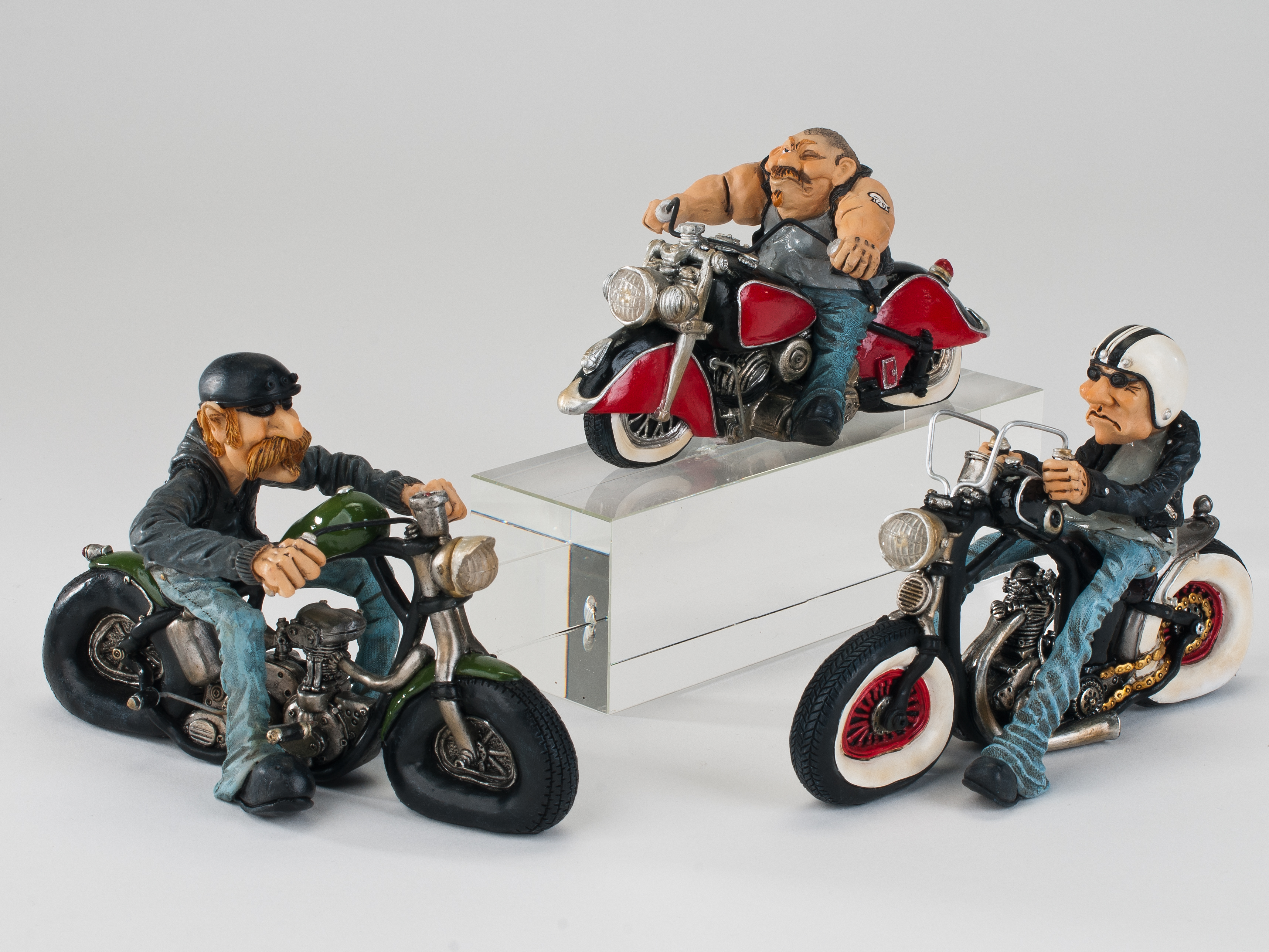formano figur motorrad biker skulptur motorradfahrer. Black Bedroom Furniture Sets. Home Design Ideas