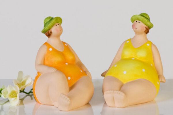 Deko Figur dicke Dame - mollige Nostalgie Badefigur mit Hut