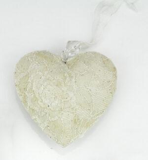 A - Metall Herz romantisch, weiße Herzhänger mit Schleiderstoff