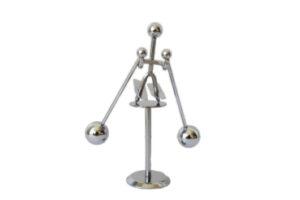 Balancer Skifahrer – Stresskiller aus Metall – Winterdeko Spielzeug für den Schreibtisch.