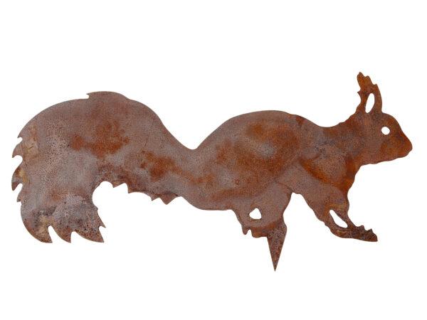 Baumdekoration Eichhörnchen mit Spieß - Edelrost Baumfigur Chap- buschiges Eichhörnchen