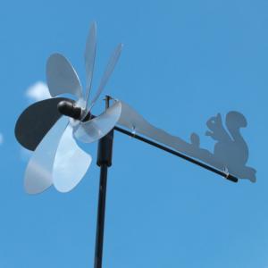 Silhouette Eichhörnchen Windspiel - Orbit Windrad Edelstahl mit Windrichtungsanzeiger