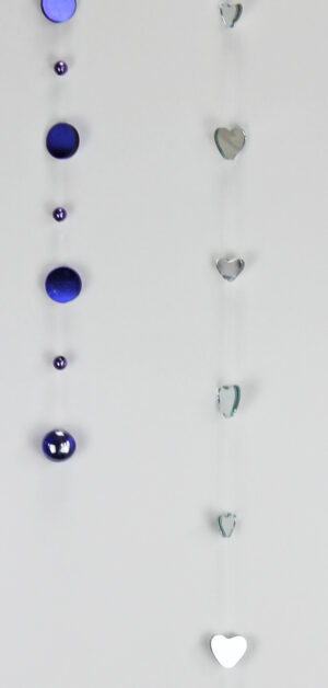 Fensterkette Spiegelkette Herzen oder blaue Kreise zoom