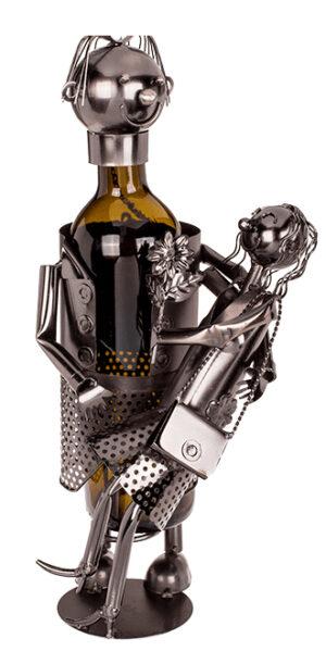 Flaschenhalter Liebespaar Flaschenständer Amore - verliebte Frau lässt sich in den Arm vom Mann fallen