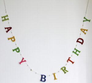Geburtstagsgirlande Happy Birthday Filzbuchstaben