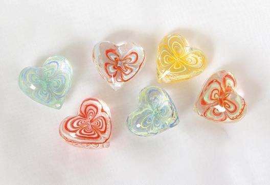 Glas Herz klar mit Muster – Dekoherzen – Glasherzen – Streudeko Glasherz