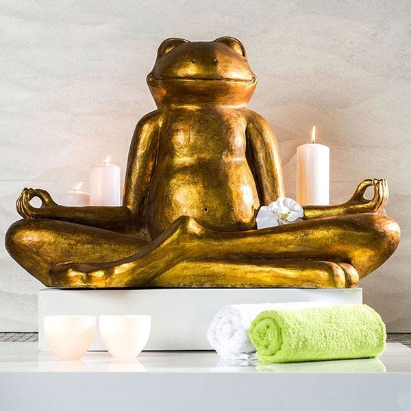 Goldene Frosch Skulptur - Yoga Frosch im Lotussitz.
