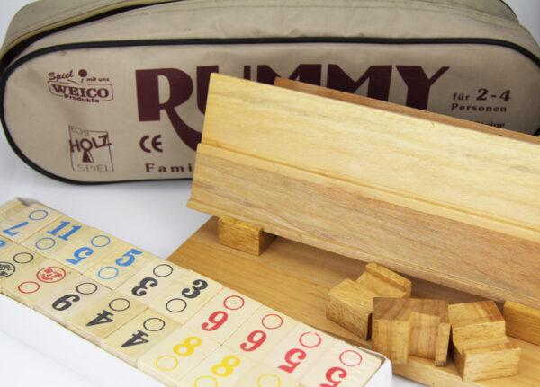 Holz Rummy Spiel - Rummikub in Reißverschlusstasche.