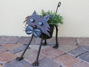 Katze Blumentopfhalter mit Metallübertopf – laufend mit Wackelhals