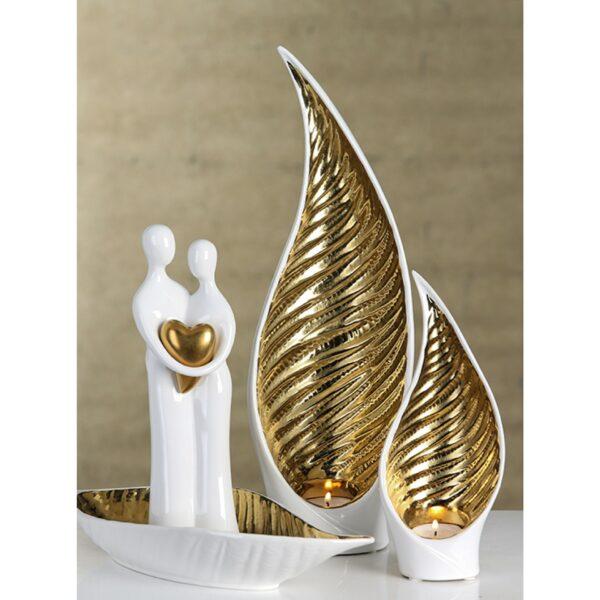 Keramik Paar Skulptur - goldenes Herz - weiße Liebesskulptur - beispieldeko