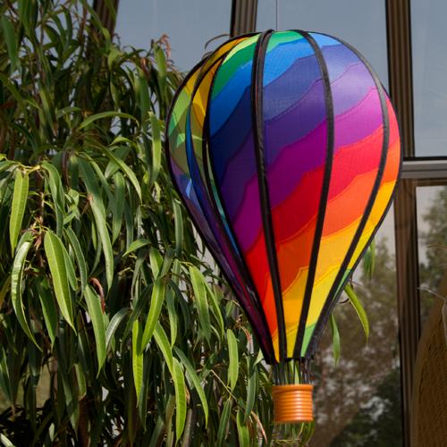 Heißluftballon SATORN BALLOON 28 Spiral - Hot Air Balloon Rainbow Windspiel