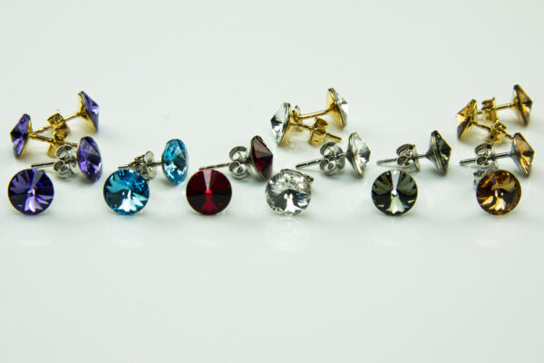 Rivolistecker 8 mm Swarovski Kristall - rhodiniert oder vergoldet alle1