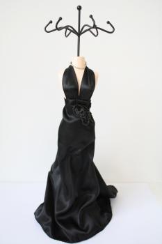 Schmuckpuppe Schmuckständer Diva - schwarzes Abendkleid
