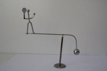 Balancer Tennisspieler - Stresskiller aus Metall - Spielzeug für den Schreibtisch